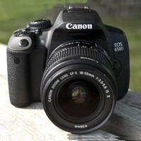 Popular DSLR Camera
